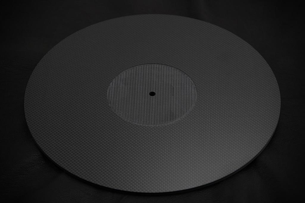4061 ★特注品 ドライカーボン製 肉厚ターンテーブルシート 4mm厚 レコード スリップマット CFRP プレー ボード 炭素繊維 LP EP ♪1123