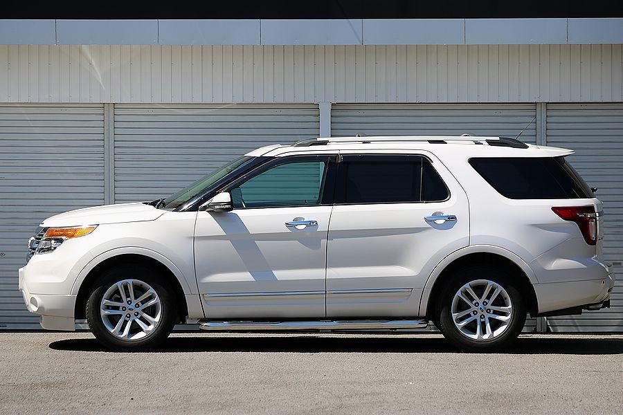 【 美車 】 2012y / フォード / エクスプローラー リミテッド / 4WD / 最上級グレード / デュアルパネルサンルーフの3枚目の画像