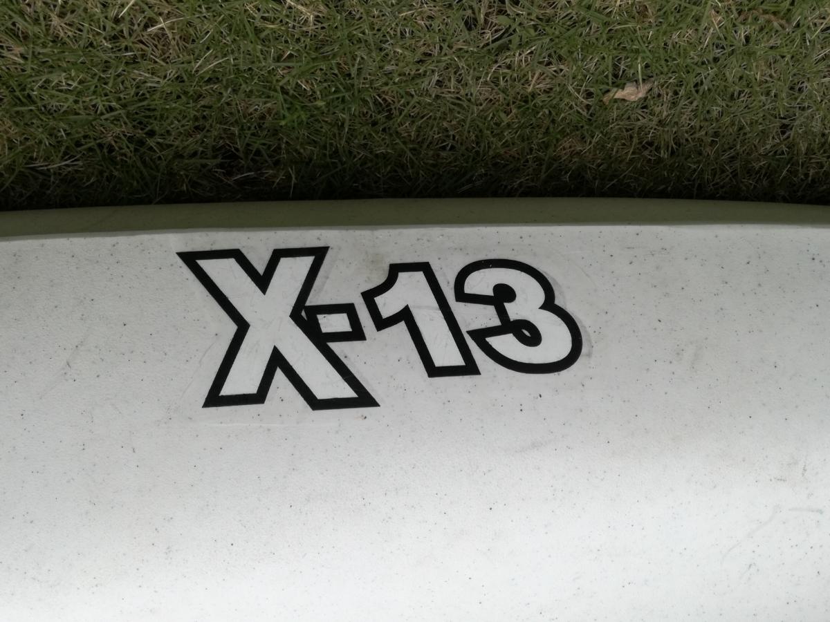 【値下げ】マリブカヤックス X13 魚探、パドル、ライフジャケット等セット 【埼玉引取限定】_画像4