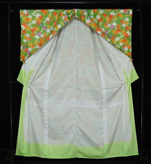【着物のNext】 0947 L寸 鮮やかな紅葉文様 化繊 ポリ 洗える小紋 緑系 美品_画像2