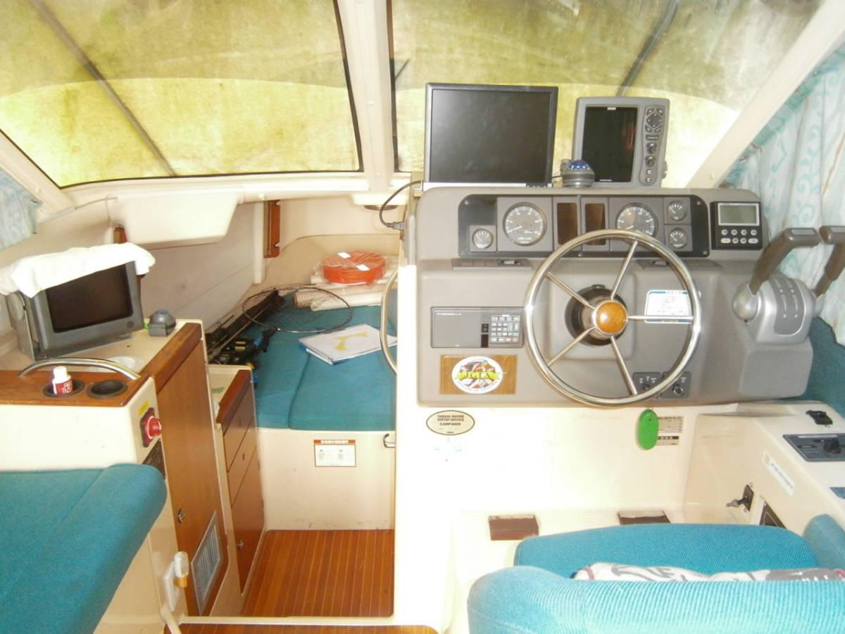 ヤマハ フィッシングクルーザー SF-31 220馬力 YAMAHA モーターボート_画像3