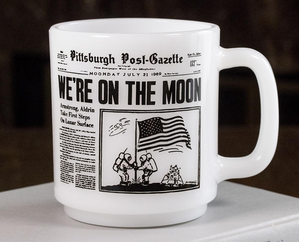 超レア! グラスベイク マグ アポロ11号 月面着陸 ムーンウォーク 新聞 耐熱 ミルクグラス コーヒー ビンテージ アメリカ製