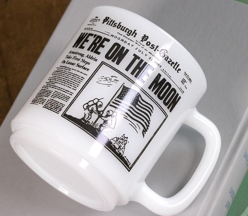 超レア! グラスベイク マグ アポロ11号 月面着陸 ムーンウォーク 新聞 耐熱 ミルクグラス コーヒー ビンテージ アメリカ製_画像6