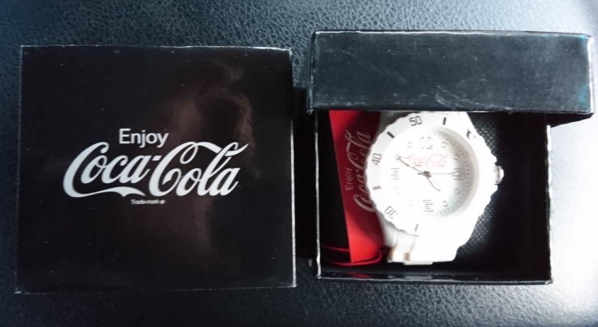 定形外300円 コカ・コーラ シリコンウォッチ ホワイト 白 腕時計_画像1
