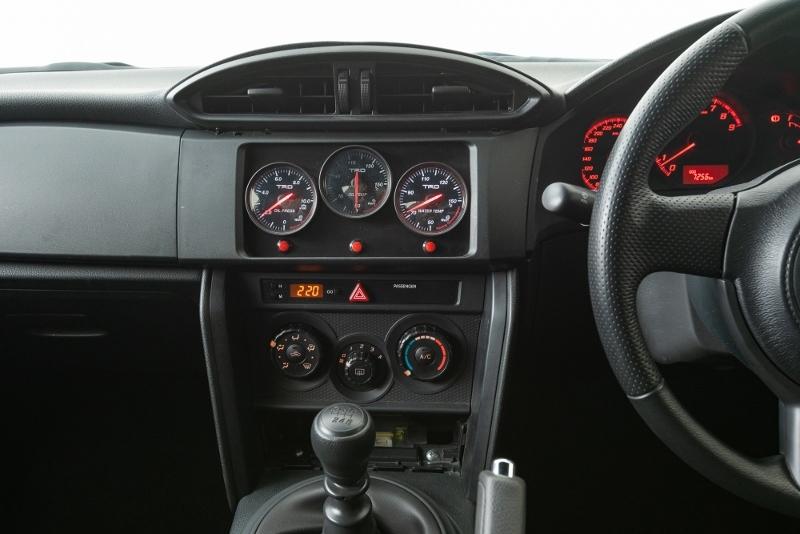 86レーシング ワンメイクレース車両!!  86VSBRZ!!  ZN6 TRD_画像4
