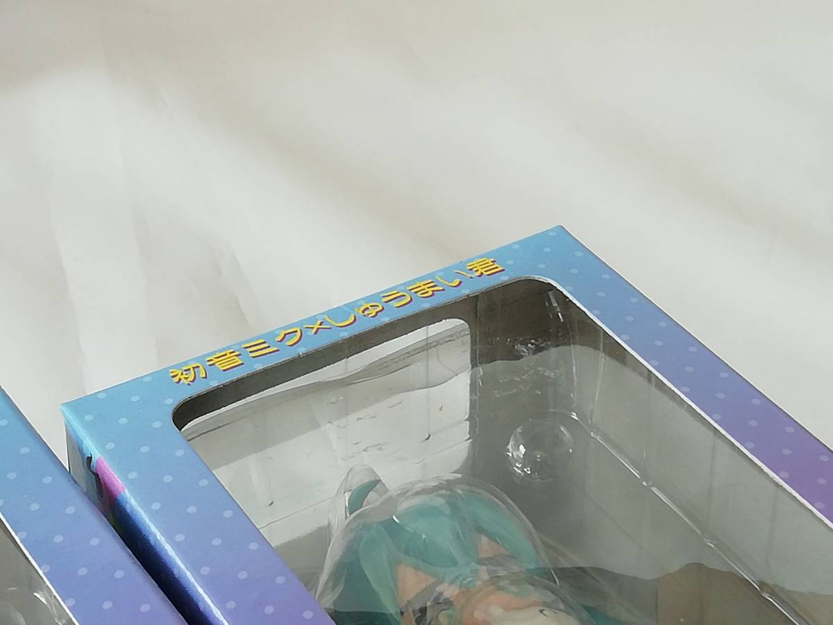 [送料無料]初音ミク x しゅうまい君 デフォルメフィギュア 4種コンプリートセット☆TAITO タイトー プライズ[外箱に難・未開封・中古美品]_難・クリアシート(上部&右辺) 剥がれ