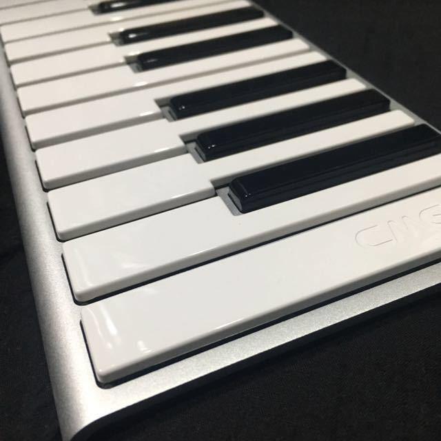 【中古】CME Xkey 25鍵 MIDIキーボード 動作品①_画像3