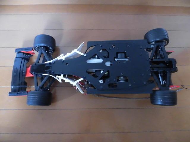 ☆★ ジャンク デアゴスティーニ 京商 1/8 フェラーリ F2004 エンジンカー シューマッハ_画像4