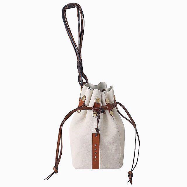 新品 マルニ MARNI スエード BINDLE クラッチ 巾着 バケツバッグ ジルサンダー マルジェラ セリーヌ ショルダーバッグ トートバッグ