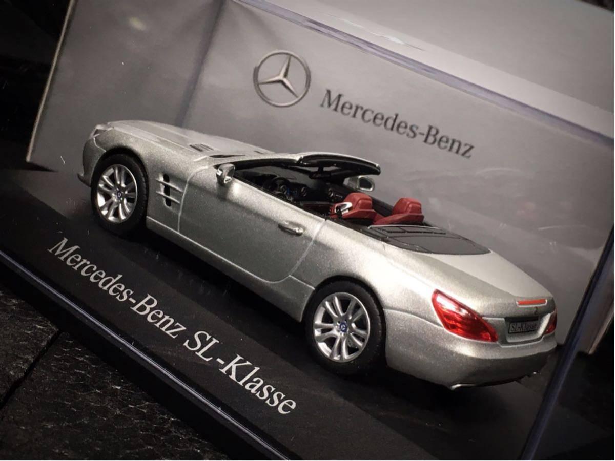 Mercedes- Benz SL Klasse 2011 (R231) 1/43 特注 Norev メルセデス ベンツ SL (ルーフ装着可)_画像4