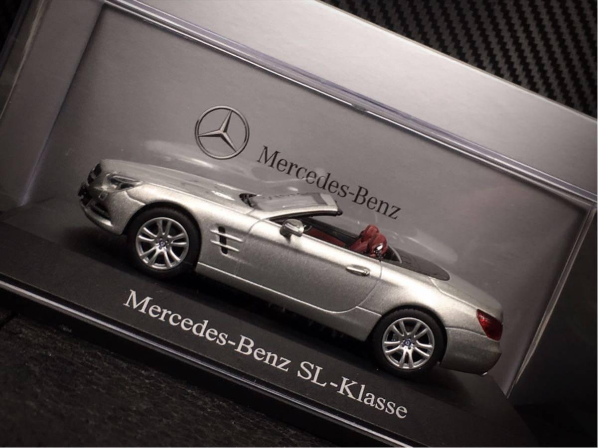 Mercedes- Benz SL Klasse 2011 (R231) 1/43 特注 Norev メルセデス ベンツ SL (ルーフ装着可)_画像3