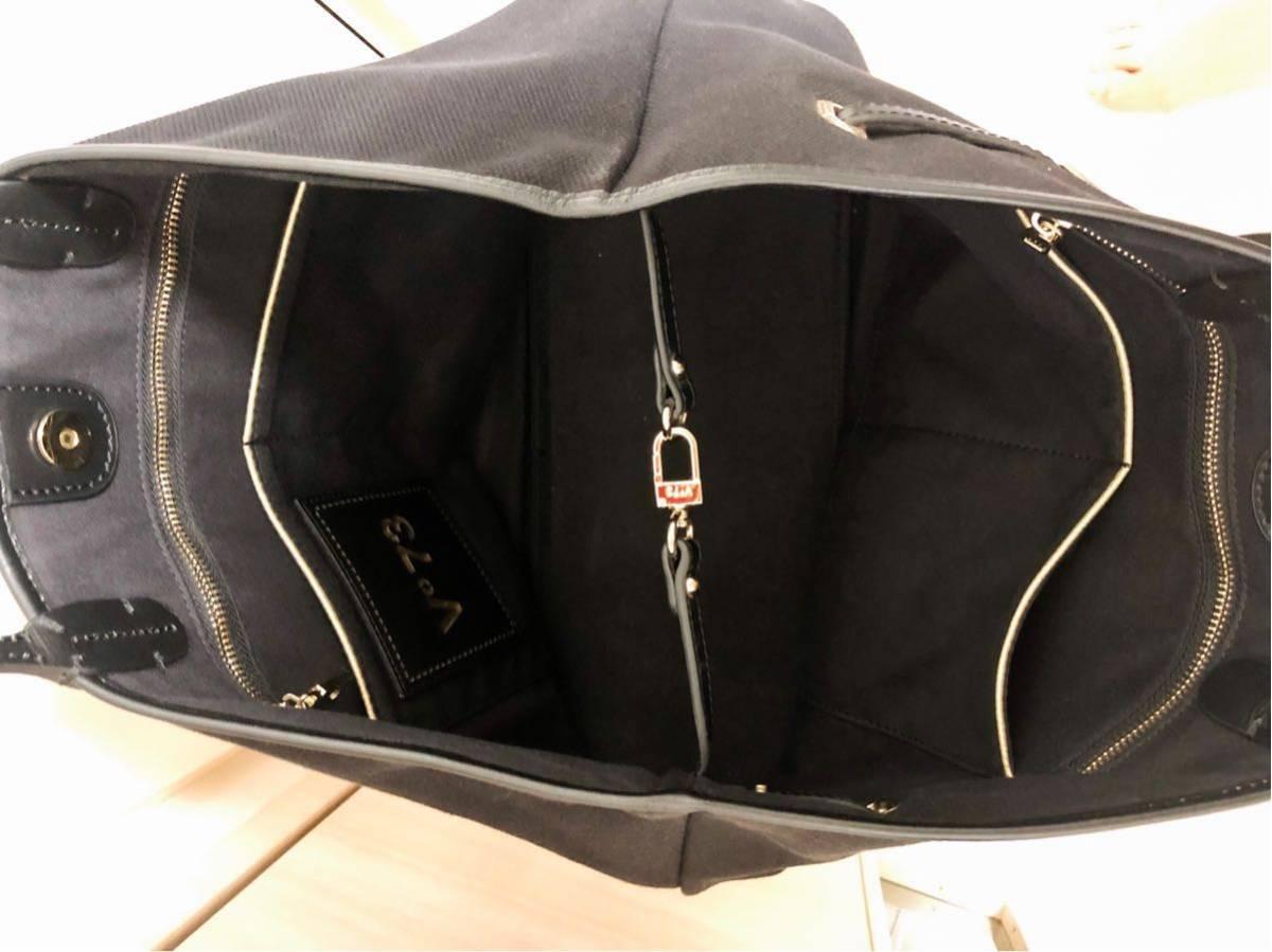 V73(ヴィセッタンタトレ) トートバッグ美品■ 黒×ベージュゴールド / キャンバス×レザー_画像4
