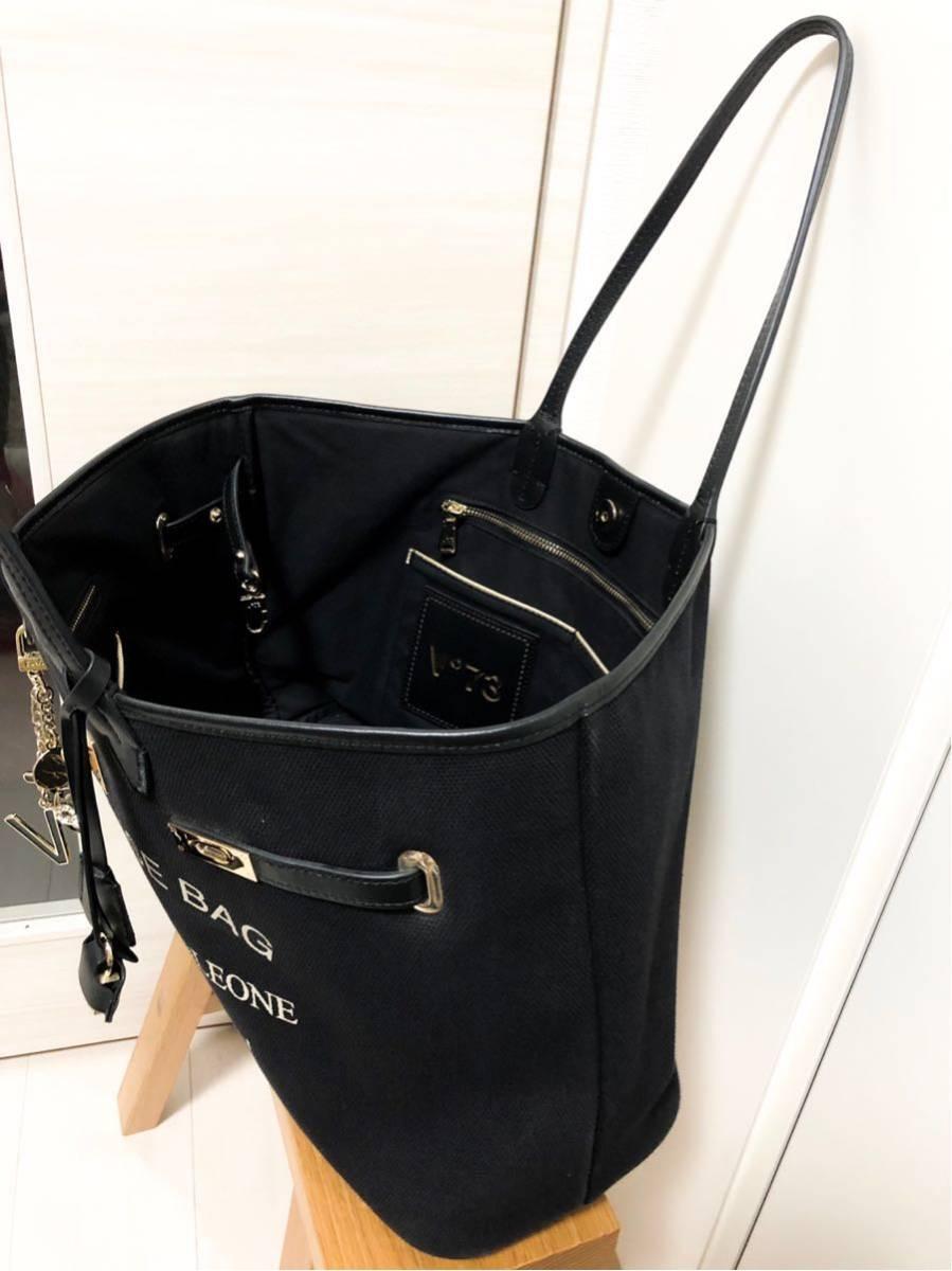 V73(ヴィセッタンタトレ) トートバッグ美品■ 黒×ベージュゴールド / キャンバス×レザー_画像9