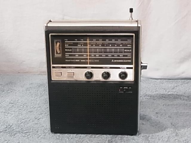 三菱 MITSURISHI FX-930 BCLラジオ ジャンク)扱い 19060467 _画像1