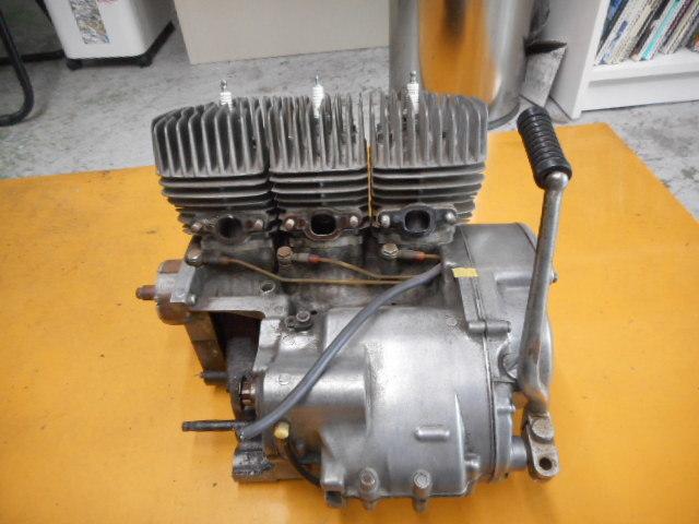 A49 KH250 エンジン SS250 カワサキ マッハ ケッチ 希少 S1E 1円スタート 売り切り  _画像3