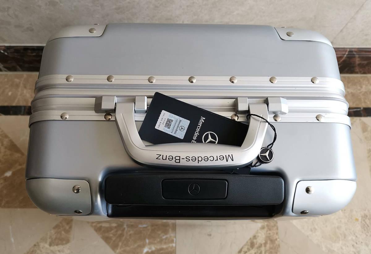 最高級※定価12万※メルセデス・ベンツ/Mercedes-Benz アルミフレーム・軽量/静音・オリジナル・スーツケース・キャリーケース・銀_画像4