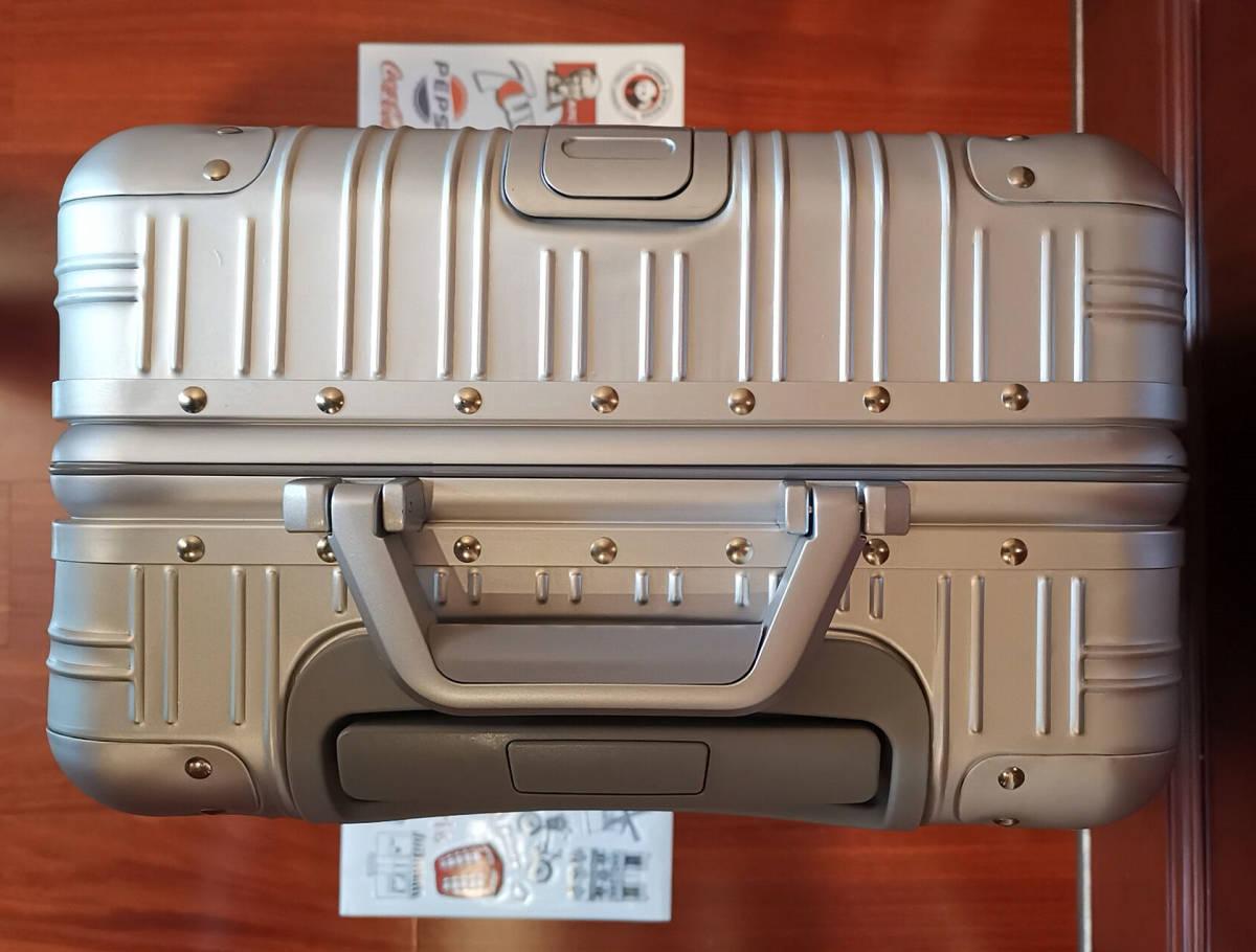 高品質※EU基準※純正アルミマグネシウム合金製・軽量/静音・TSAロック搭載スーツケース・キャリーケース※限定ステッカー付5枚付_画像9