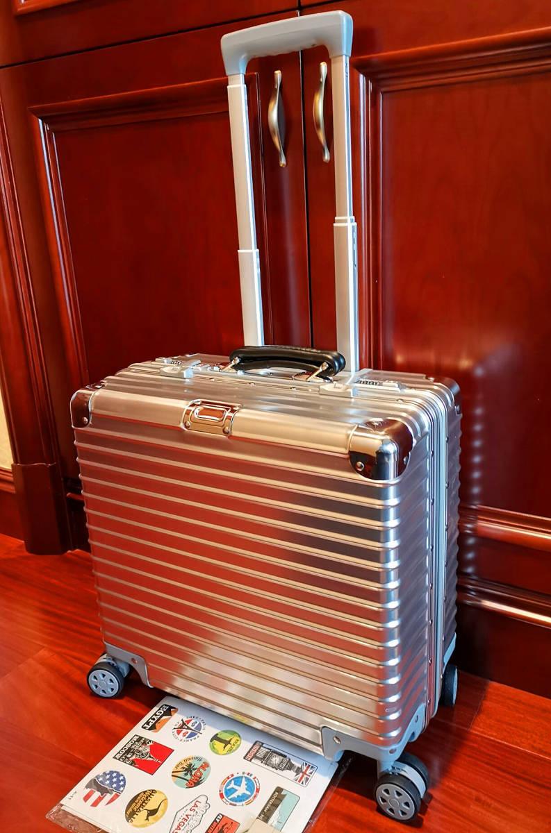 最高品質※EU基準・定価10万円※オールアルミマグネシウム合金製・軽量/静音・TSAロック搭載スーツケース※機内持ち込可 /限定ステッカー付_画像10