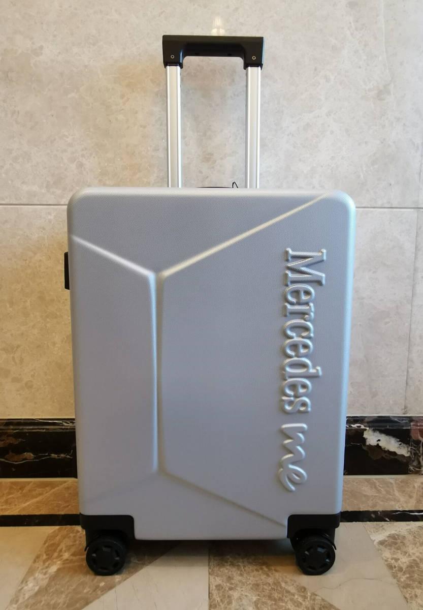 正規品※最上級・定価12万※メルセデス・ベンツ/Mercedes-me ・公式・オリジナル・スーツケース・キャリーケース・銀_画像2