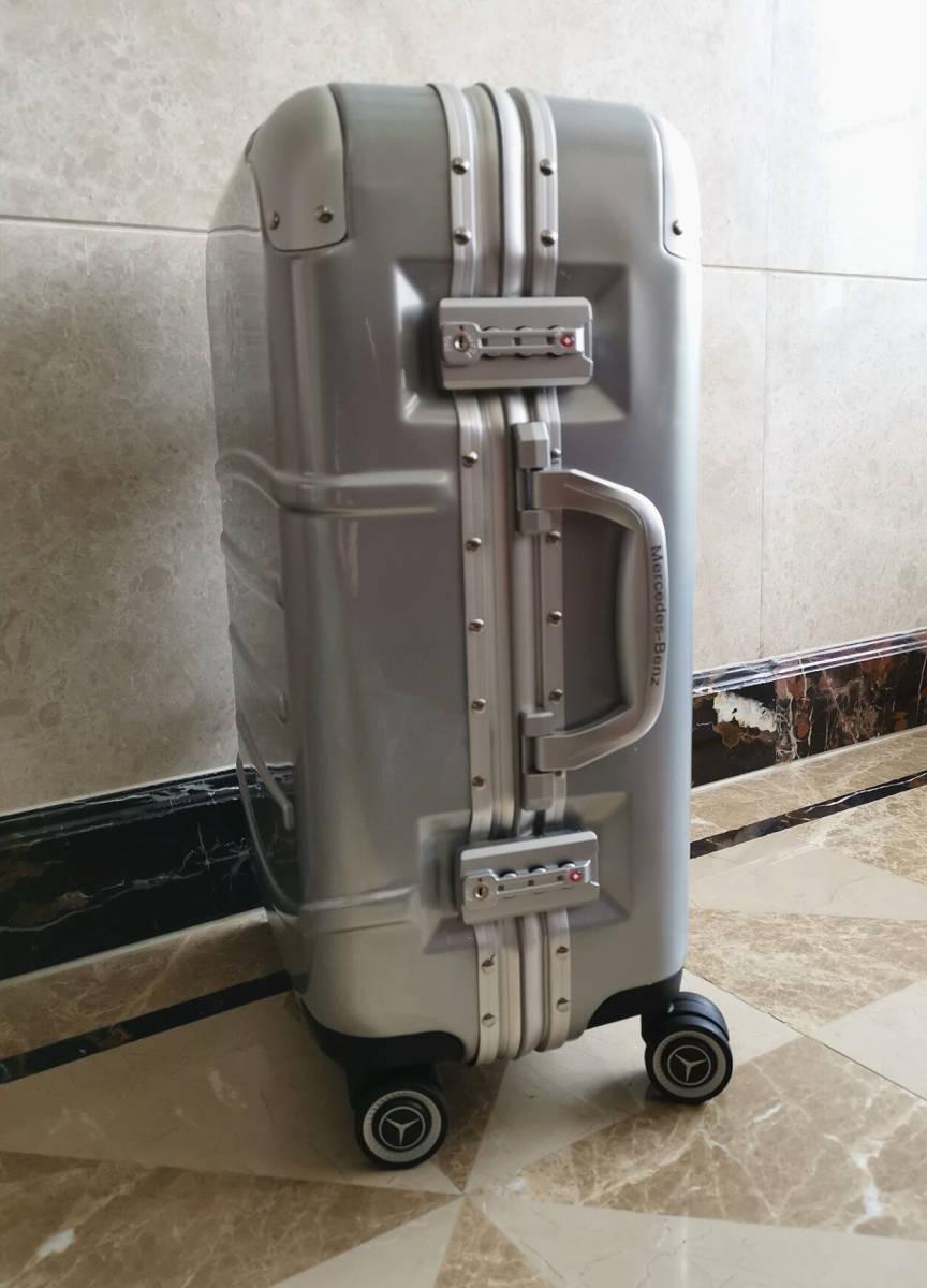 最高級※定価12万※メルセデス・ベンツ/Mercedes-Benz アルミフレーム・軽量/静音・オリジナル・スーツケース・キャリーケース・銀_画像3