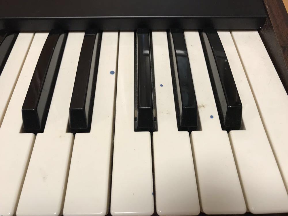 鍵盤の塗料汚れのようなものです