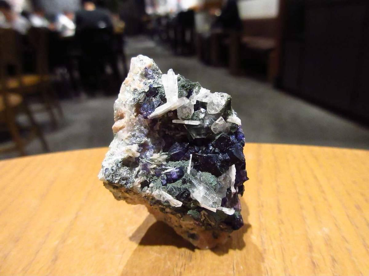 外国産鉱物標本 アイルランド産 フローライト(蛍石)_画像4