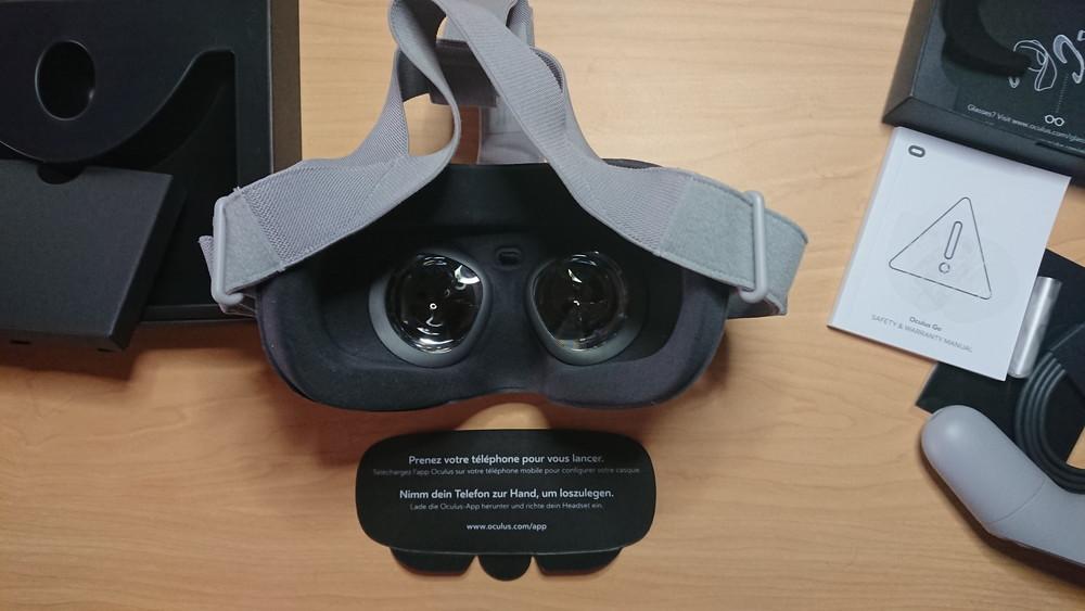 oculus go 64gb 美品 付属品全部あり+2mのUSBケーブル & AC-USB変換アダプタ_画像5
