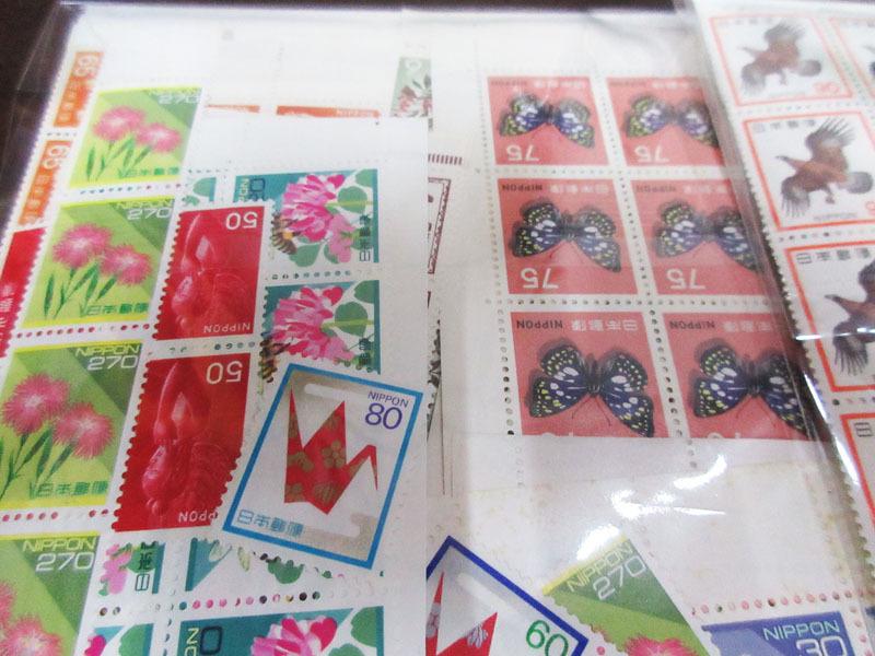 ☆K75 【切手】 まとめて 未使用 額面139,323円 バラ 記念切手 普通切手 年賀切手 通信切手 日本切手 日本郵便_画像2
