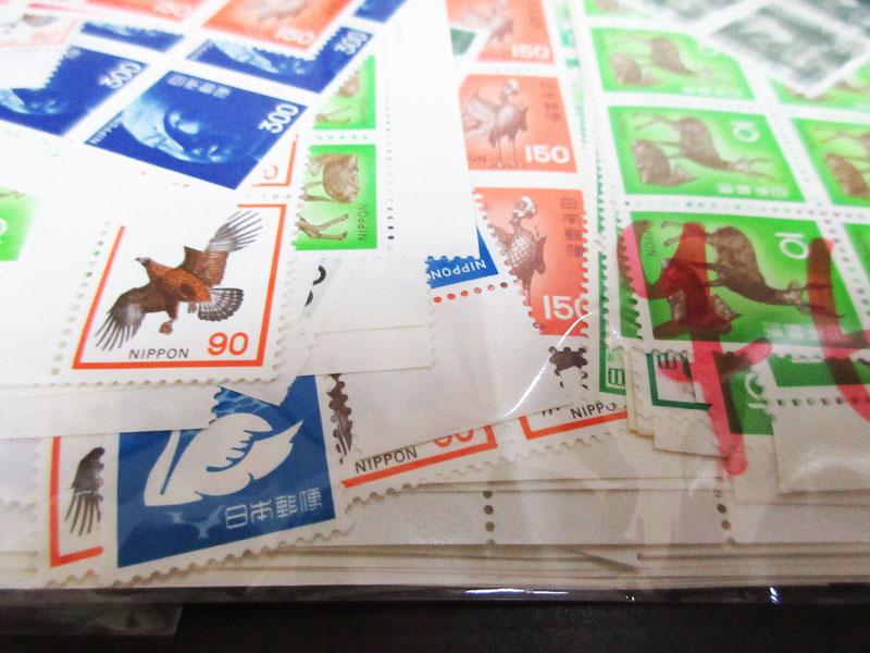 ☆K75 【切手】 まとめて 未使用 額面139,323円 バラ 記念切手 普通切手 年賀切手 通信切手 日本切手 日本郵便_画像5