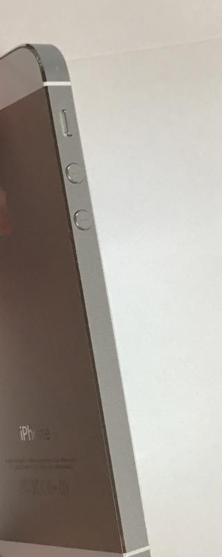 送料無料 iPhone5 au 判定○ 白ロム シルバー ホワイト 白 スマホ スマートフォン アイフォン アイフォーン5 apple 16G 16GB 中古 ME040J/A_画像7