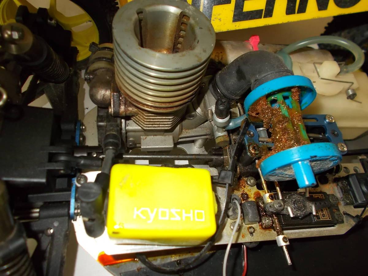 O-3631 ジャンク エンジン式レーシングカー_画像3