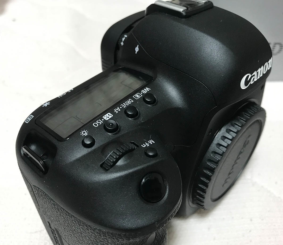 【Canon】キヤノン『EOS 5D Mark IV ボディー』EOS5DMK4 3040万画素 フルサイズ _画像3