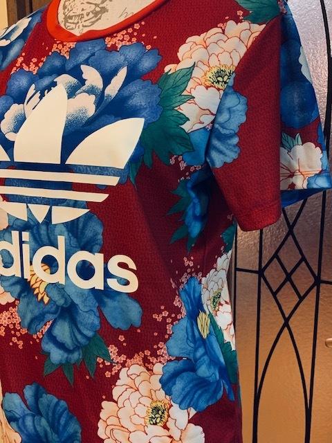 送料無料◆adidas Originals アディダスオリジナルス Tシャツ◆THE FARM COMPANYファームカンパニー◆花柄_画像2