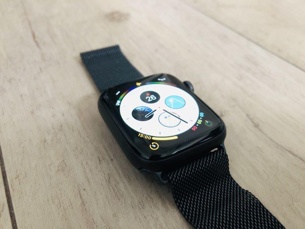 【新品同様】Apple Watch 4 cellular 44mm スペースグレイ ミラネーゼループ バンド付き(38 40 42 アップルウォッチ_画像2