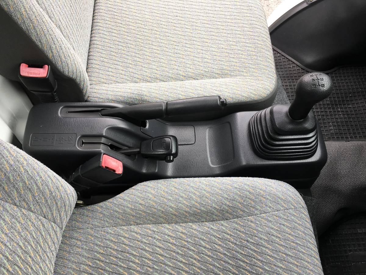 5MT 切替式4WDです。