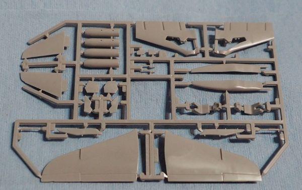 ジャンク品 マッチボックス 1/72 BAe ホーク T.M.K.I レッドアローズ 宅急便コンパクト可*詳細は画像で確認してください_画像2