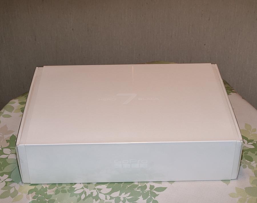 新品☆GoPro HERO7 Black Limited Edition Box Dusk White CHDHX-702-FW ダストホワイト_画像5