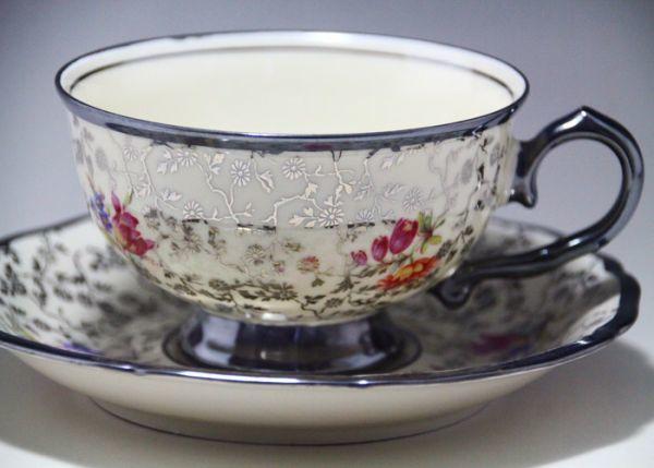 最高傑作 Bavaria ドイツ Johhan Haviland ババリア 1900年中期 銀彩花柄 シルバー カップ&ソーサー