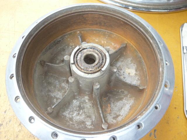 カワサキ500SS・H1・H1A・W1SA用フロントドラム、リム、スポークのセット_画像3