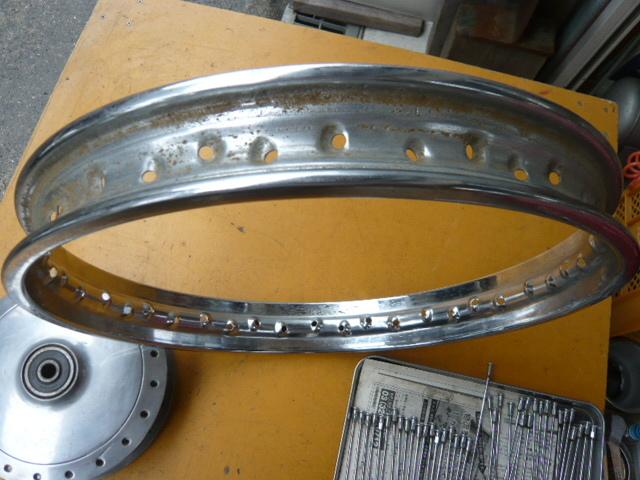 カワサキ500SS・H1・H1A・W1SA用フロントドラム、リム、スポークのセット_画像7