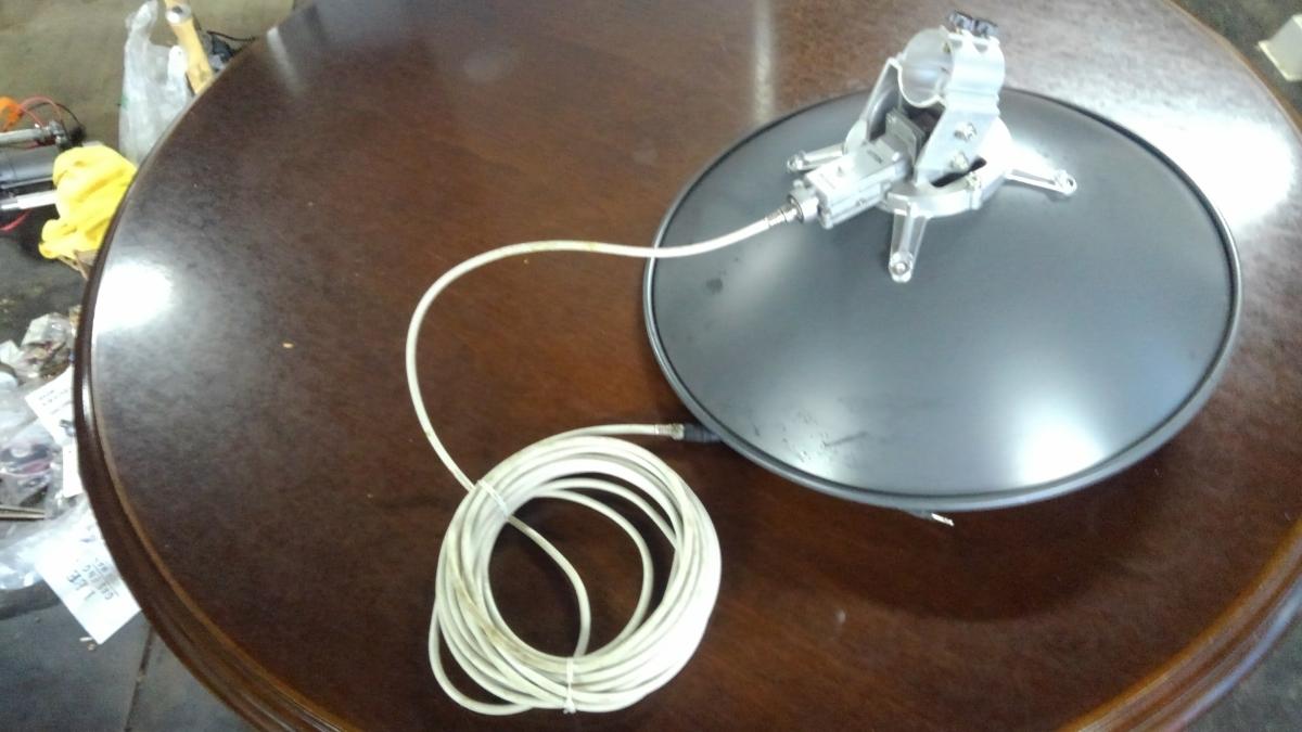 送料無料 TDK BSアンテナ BCS-45DHV センターフィード型 デジタル対応 取付金具等無し_画像4