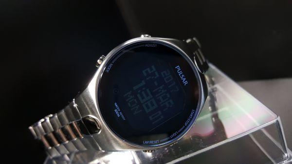 【デジタル PULSAR 1円】SEIKO セイコー パルサー 腕時計 ワールドタイム クロノグラフ 100m防水 メンズ 輸入モデル 新品 未発売 ウォッチ_画像4