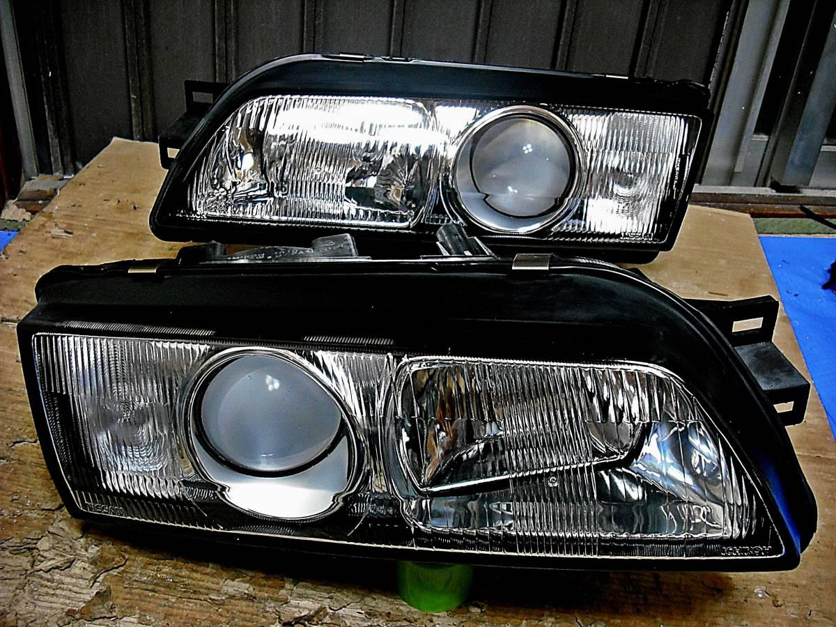 美品 日産純正 中古 BNR32 スカイライン GT-R 前期 R32 HCR32 HR32 プロジェクターヘッドライト左右