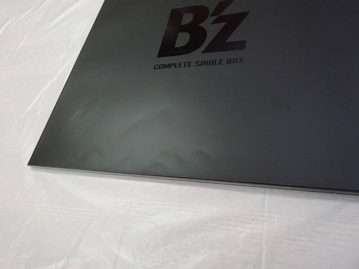 CD-168◆B'z / B'z COMPLETE SINGLE BOX (Black Edition) 折りたたみ傘付き 中古品_画像6