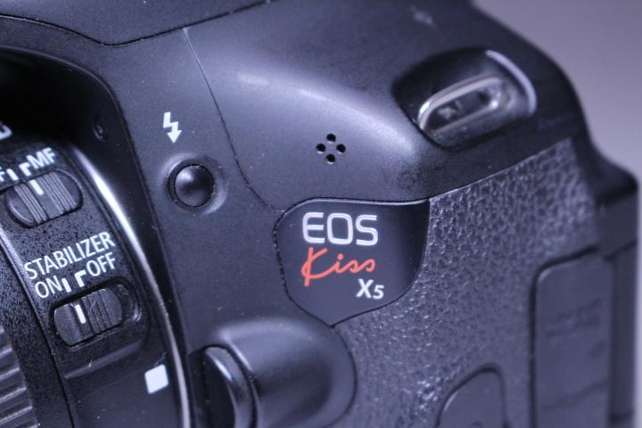 3■ キャノン カメラ EOS kiss X5 ジャンク品_画像3