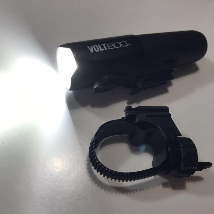 送料無理!!キャットアイ(CAT EYE) LEDヘッドライト VOLT800 HL-EL471RC USB充電式_画像2