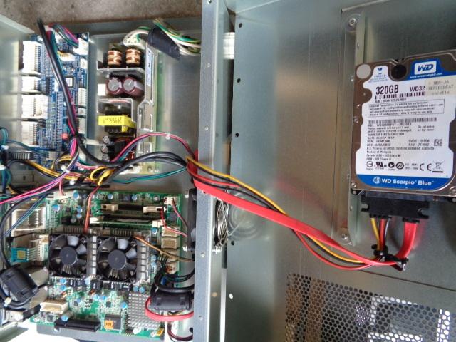 コナミ リフレクビート 悠久のリフレシア(HDDはcolette)PCユニット(セキュリティーキーチップ付き)USED動作品からの取り外し品_内部状態