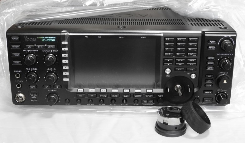 ☆ ICOM IC-7700 HF+50MHZ (200w) 中古品の出品(美品)☆