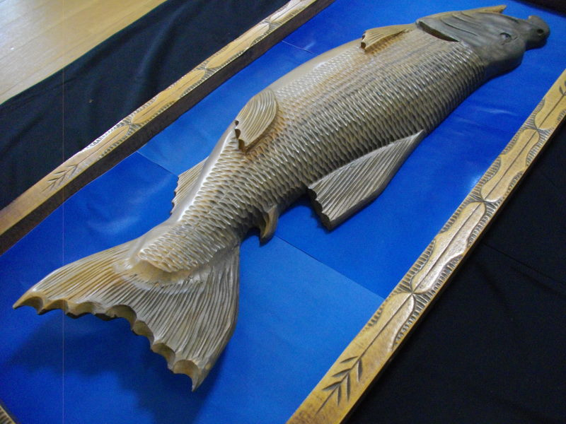 ■アイヌ■木彫り■鮭■サケ■魚■北海道■民芸品■彫刻■一刀彫り■木製■天然木■インテリア■伝統工芸品!_画像9