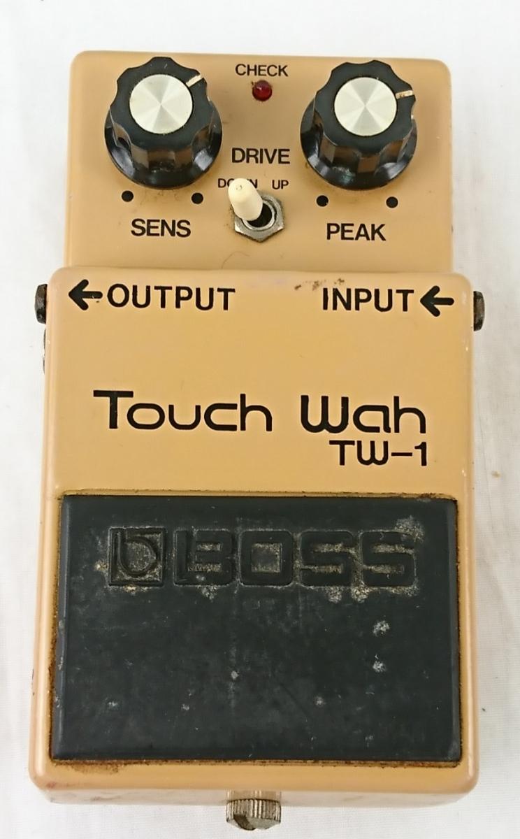 【GK-611】 BOSS ボス エフェクター おまとめ CS-1 TW-1 コンプレッションサスティナー タッチワウ ギターチューナー等 おまけ付き_画像2